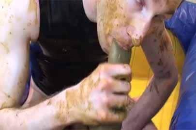 Kaviar Dildo ficken – Gay Kaviar Spiele