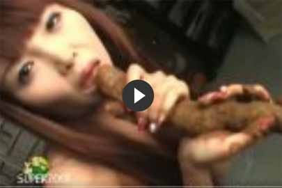 Kacke essen und Scheiße lutschen mit Asia Luder